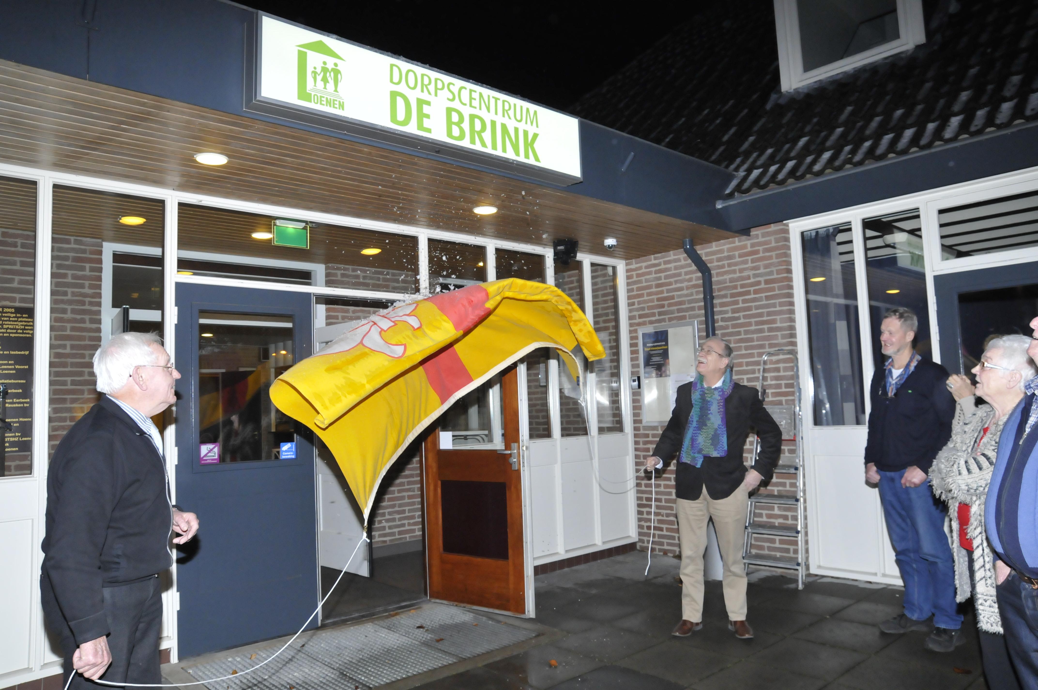 Onthulling nieuwe naam Dorpscentrum De Brink